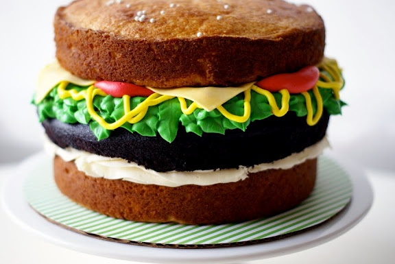Cake: Cakes Ideas, Hamburger Cake, Food, Parties Ideas, Husband Birthday, Sandwiches Cakes, Burgers Cakes, Hamburg Cakes, Birthday Cakes