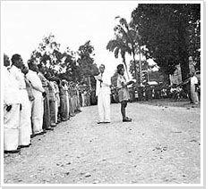 Ceremonie na de proclamatie van de RMS, Ambon, 2 mei 1950