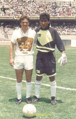 Jorge Campos y Luis Garcia