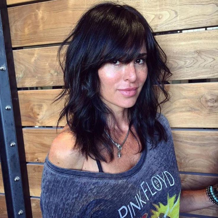 Nice 25 Easy Long Shag Haircuts for Effortless Style Looks from https://www.fashionetter.com/2017/04/09/25-easy-long-shag-haircuts-effortless-style-looks/