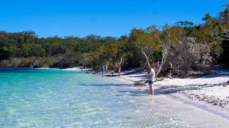 Beautiful Lake McKenzie, Frazer Island, QLD