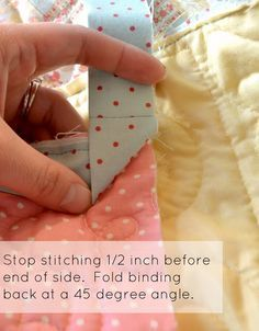 The Aqua House: How to Bind a Quilt (Double Fold, Mitered)