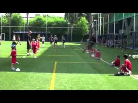 ▶ Can U Kick it - 4 to 5 years old coaching course - YouTube