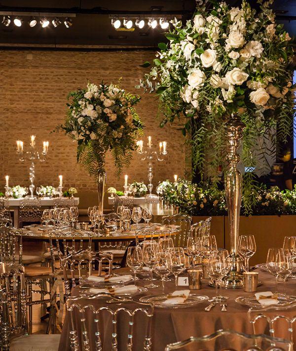 Decoração de casamento clássico-contemporânea em verde e branco - Constance Zahn | Casamentos