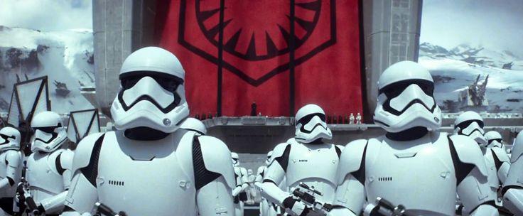 CIA☆こちら映画中央情報局です: Star Wars:シリーズ第7弾「スター・ウォーズ: ザ・フォース・アウェイクンズ」のダース・ベイダーの朽ちたヘルメットが登場した衝撃カットまで観られた新しい予告編をキャプチャしたスクリーン・ショットのフォト・ギャラリー!! - 映画諜報部員のレアな映画情報・映画批評のブログです