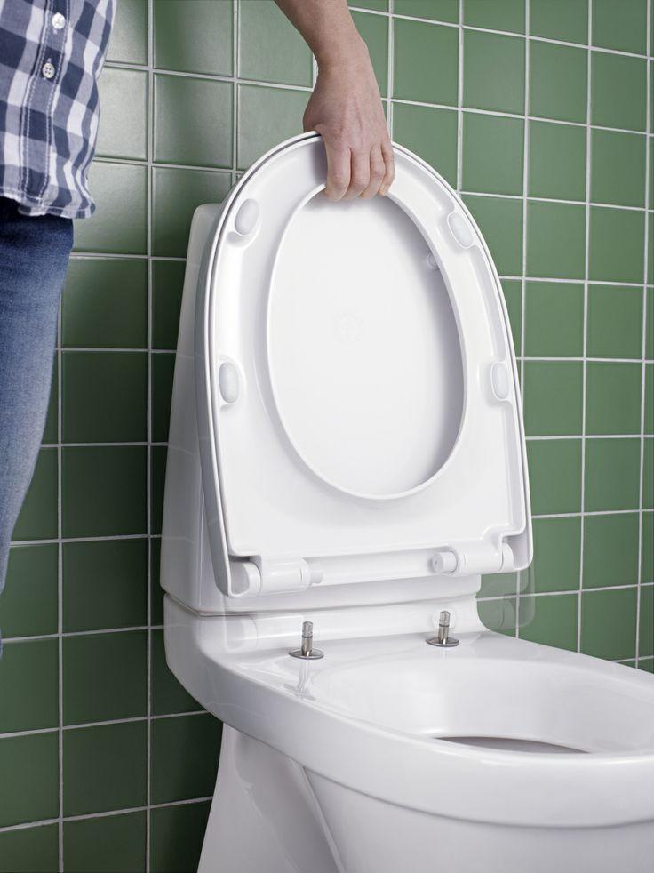 Toalettsits från Nautic serien. Lift-off funktionen på Nautic toalettstol gör den enkel att rengöra | GUSTAVSBERG