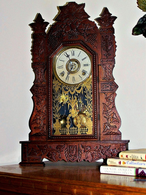 Gilbert Clock Co. Vintage Mantle Clock ca 19th century