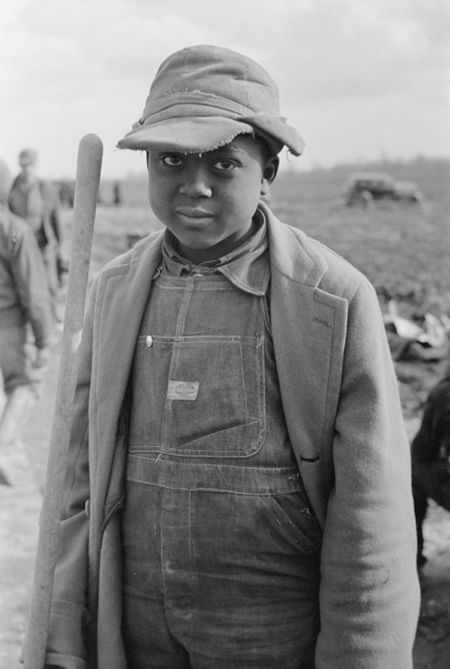 Child of evicted sharecroppers, New Madrid County, Missouri 1939