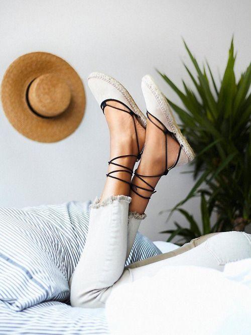Zapatos Castañer, Wonderfull Shoes, Flat Más, Calzados Variados, Fashion Alpargatas, Cocuizas, Sabate, Atuendos, Sandalias