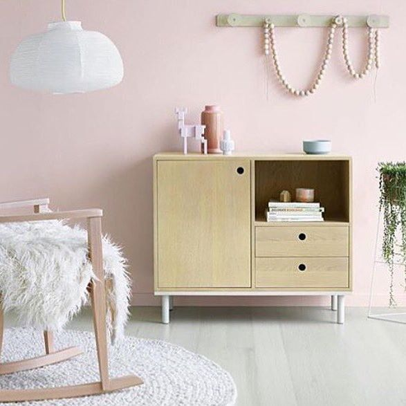 • THE GUIDE HOME •  Pastel hues, warm wooden tones and fresh greenery. Scandinavian interior styling at its best. Image via Feast Watson.