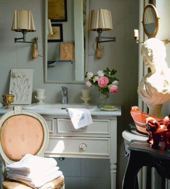 French country bathroom love
