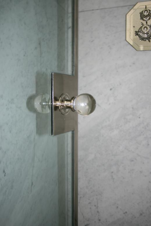 shower knob...like that it isn't the typical one. Lets try to do knobs that match the finishes in the bathroms..: Showers, Shower Doors, Custom Shower, Bathroom Ideas, Master Bathroom, Bath Products, Door Handles