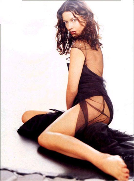 zeta jones sexy - photo #32