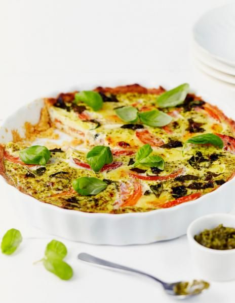 Tomaatti-mozzarellapiirakka illanistujaiset leivonta piirakat pirkka ohje