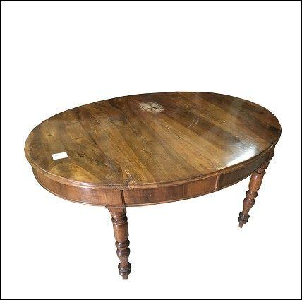 Tavolo in noce massello Napoletano epoca 1800.
