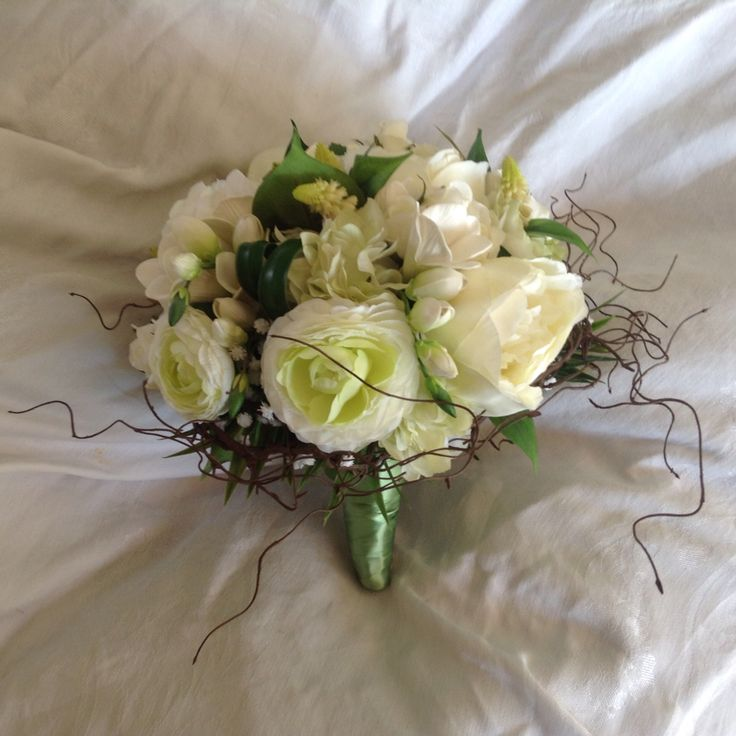 New romance garden collection just updated at www.weddingbunchesandblooms.com.au #rustic #romantic #weddingflowers #artificialflowers #peony #roses