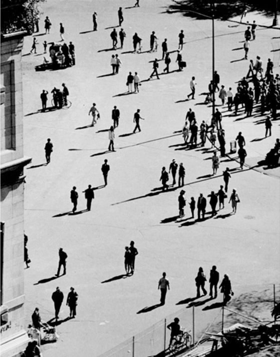Andre Kertesz #fineart #bw #photography More at http://joshcampbellphoto.com/blog/