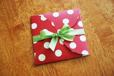 Tied petal envelope