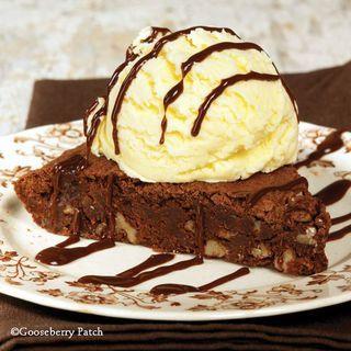 Gooseberry Patch Recipes: Decadent Fudge Brownie Pie. Perfect served warm with vanilla ice cream!