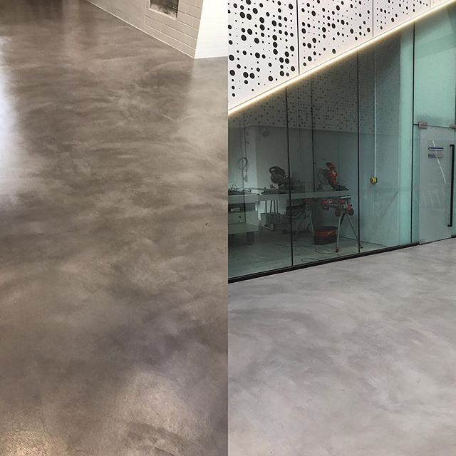 Sleek and elegant seamless floors adding a modern note to your building. With only 3mm thickness and able to be applied on any hard surface with only ONE system.