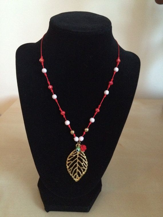 Women red necklace