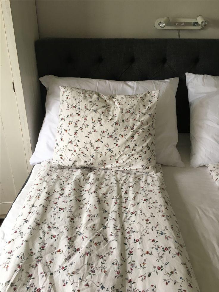 Anemon kudde 60*90 cm.Värnamo sängkläder