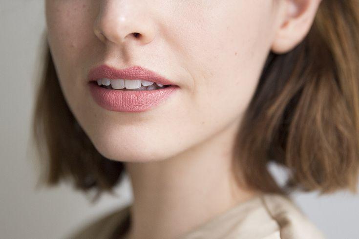 Nars Audacious Lipstick - Brigitte