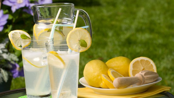 Sylvie's Lavender Lemonade