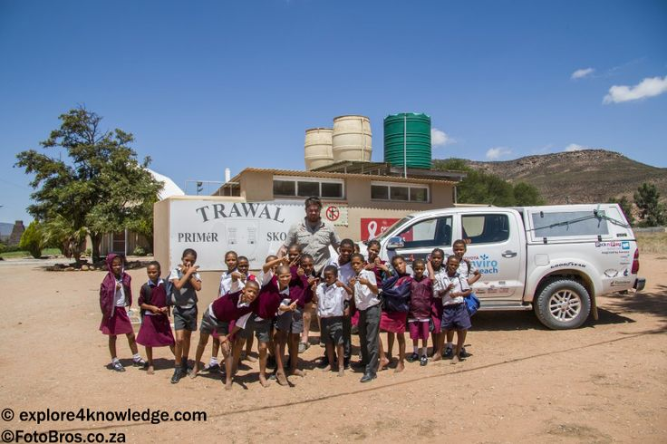 The @Explore4Knowledge @Toyota #Hilux pulling our #Jurgens #OffRoad #Trailer at the trawl #school along the #OlifantsRiverWC a #e4k_water #environmental #Education and #Research projects