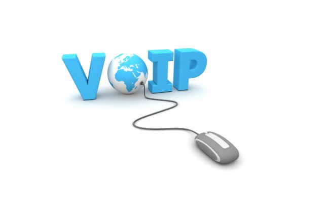 How To Save Your Business Money Using VoIP Technology