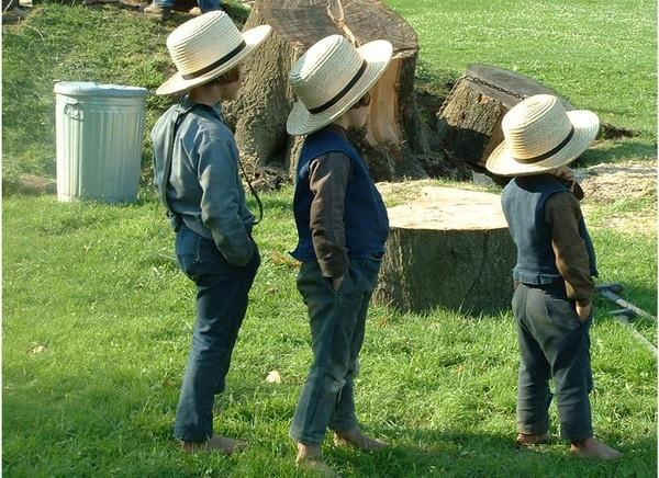 Amish dudes!