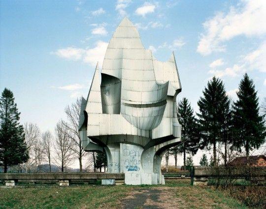 Jan Kempenaers, Spomenik: The End of History, Sanski Most
