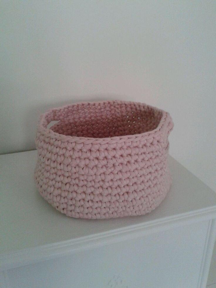 Roze gehaakt mandje