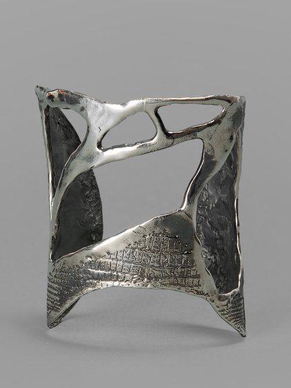 Silver Evo_cuff_1_999 by Rene Talmon L'Armee