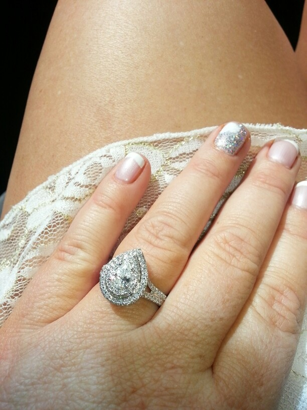 17 Best images about Halo And Double Halo Diamond Engagement Rings on Pintere