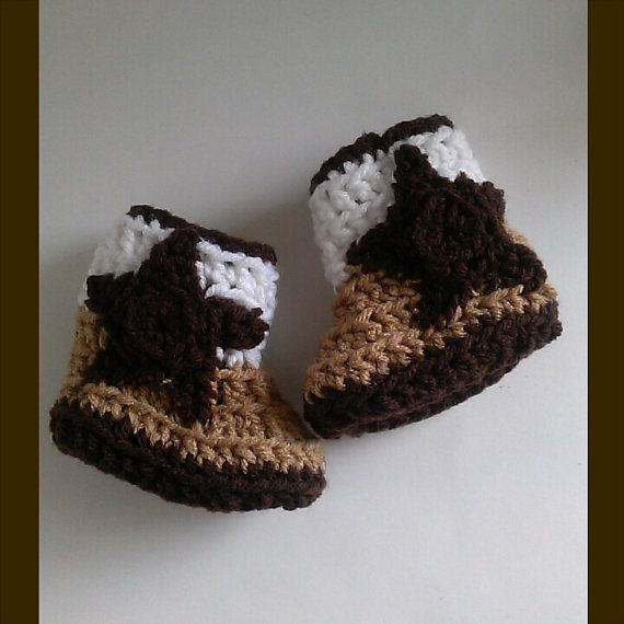 Crochet Cowboy Boots, Baby Cowboy Boots, Baby Cowgirl Boots Check out this item in my Etsy shop https://www.etsy.com/listing/217333549/cowboy-boots-baby-cowboy-boots-cowgirl Also YarnCozy on Facebook and @yarncozy on instagram
