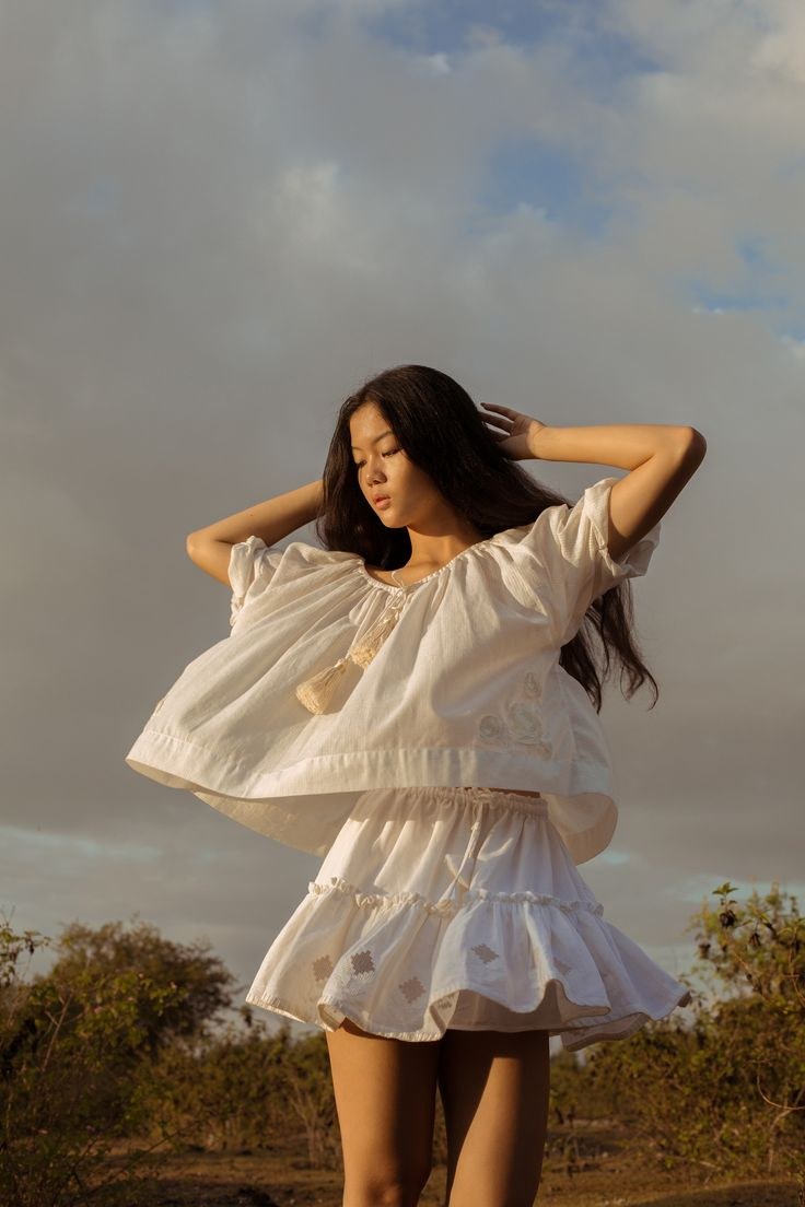 Ever since I made my first purchase of embroidered and smocked tops from Innika Choo, I've been waiting ever so impatiently for the launch of new product. The Bali-based Australian designer's long awaited collection finally launched last week and as expected, it's perfect. Dreamy brocade