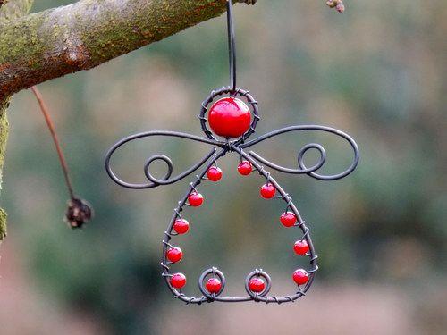 Andělíček-červený. Vánoční ozdoba.