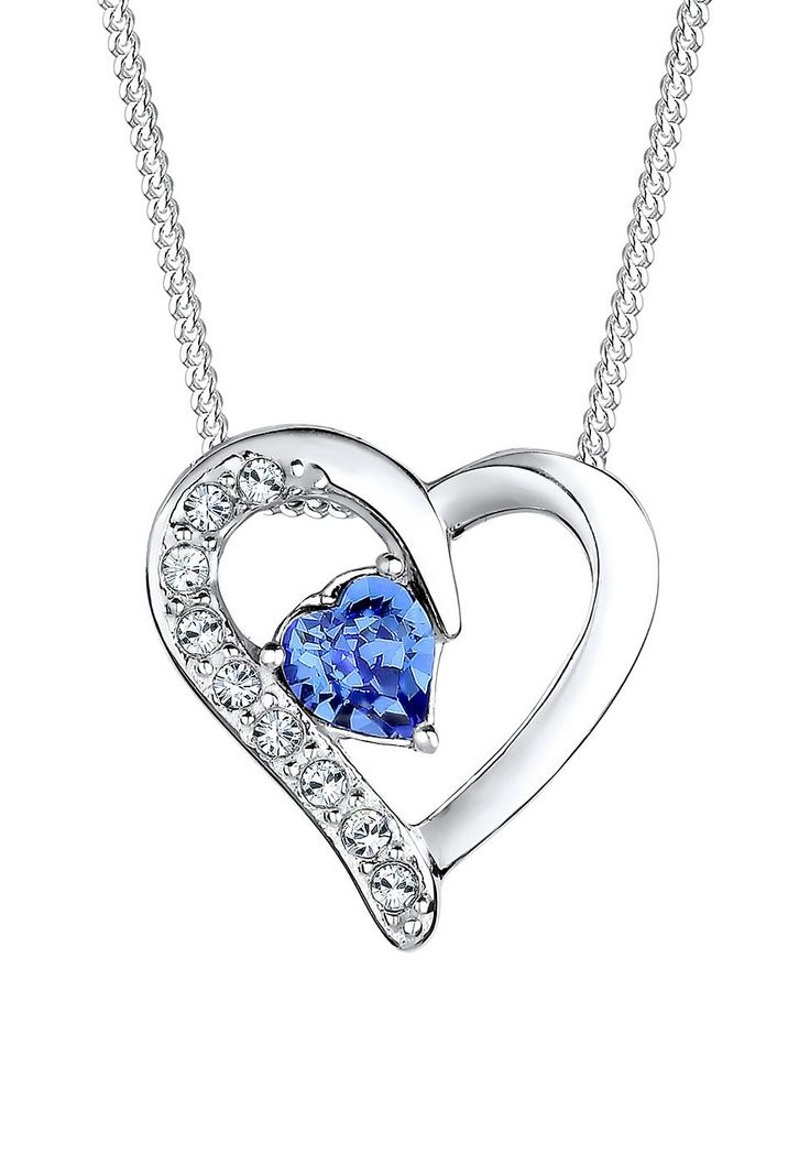 So wertvoll wie die Liebe, so schön wie seine Trägerin. Diese wunderschöne Herz-Kette wurde mit viel Liebe zum Detail aus feinstem 925er Sterling Silber gefertigt und mit funkelnden Kristallen von Swarovski veredelt, die elegant ein Swarovski Kristall Herz umschließen. Ausdrucksstark und luxuriös ziert das Schmuckstück dein Dekolleté. Lege mit dieser wunderschönen Herzkette einen glänzenden Auf...