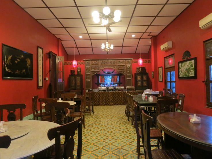 Get a free Family room/ VIP Room When you book Tiga Dapoer Batavia for wedding