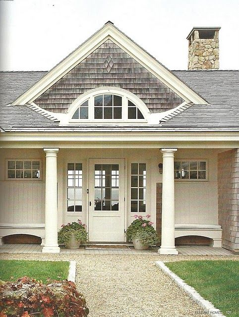 Best 25 single garage door ideas on pinterest circular for Cape cod garage doors
