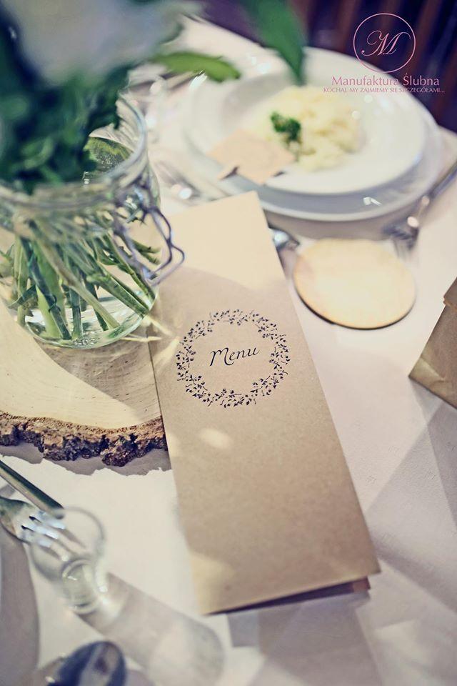 #wedding #day #paper #decorations #elegant #style #white #wood #stationery #bride #groom #wesele #ślub #elegancki #styl #biel #drewno #papeteria #pannamłoda #panmłody