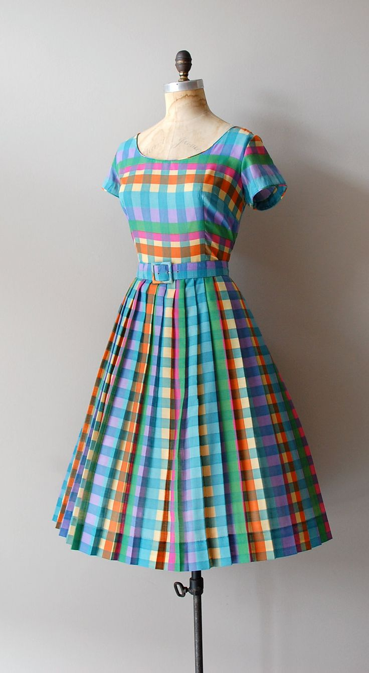 526 best Vintage Wear & Repair images on Pinterest | Fashion vintage ...