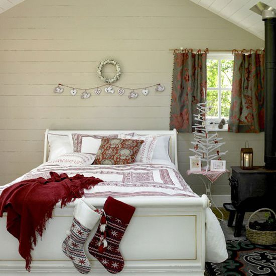 Camera da letto shabby natalizia