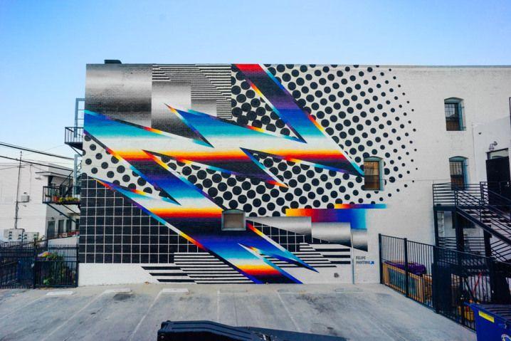 Grafiteiro cria murais coloridos que parecem ter saído dos anos 1980 http://virgula.uol.com.br/arte-e-fotografia/grafiteiro-cria-murais-coloridos-que-parecem-ter-saido-dos-anos-1980/?utm_campaign=crowdfire&utm_content=crowdfire&utm_medium=social&utm_source=pinterest