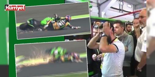 Kenan Sofuoğlu şoku! : Dünya Supersport Şampiyonasının Fransadaki 10. ayağında motosikletinden düşerek yarış dışı kalan Kenan Sofuoğlu şampiyonluğunu garantileme şansını kaçırdı. Yarışı 5. sırada bitiren İsviçreli Krummenacher sürücüler klasmanı lideri Kenan Sofuoğlu ile arasındaki farkı 42 puana indirdi.     http://ift.tt/2dJBjV1 #Spor   #Sofuoğlu #Kenan #İsviçreli #Krummenacher #bitiren