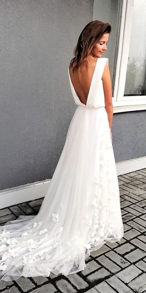 Elegant White Long Chiffon Beach Wedding Dress,Backless Bride Dress,Custom Made Weeding Dress