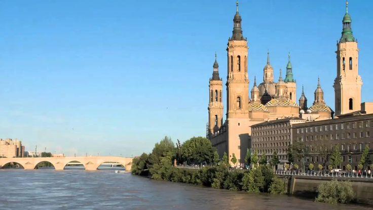 アラゴンのムデハル様式の建築物は、ユネスコの世界遺産(文化遺産)に登録された物件で、スペイン・アラゴン州の10の建築物からなる。ムデハル様式とは、イスラム文化の様式を取り入れた中世スペインの建築や装飾の様式で、12世紀から16世紀にアラゴンやカスティーリャで盛んになった。