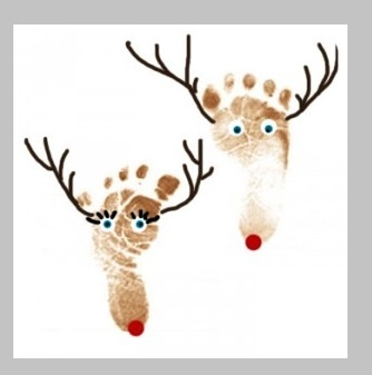 Baby footprints as raindeers-- Can't wait to do these with my kiddos!