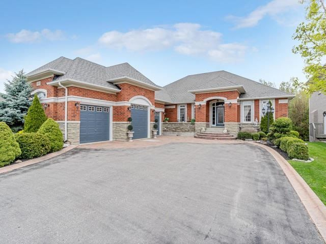 Bungalow In The Palisades Community,Over 1/4 Of An Acre Premium Landscaped Ravine Lot Complete With Outdoor Playground Oasis, Pond, Water Features